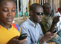 2011-11-02-kiwanja_uganda_texting_2s.jpg
