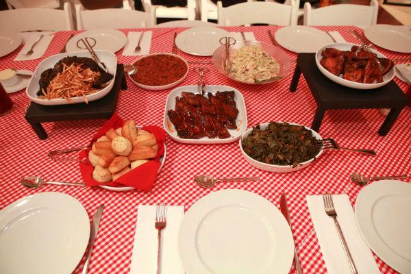 2011-11-03-Image7_Food.jpg