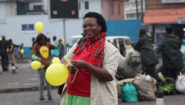 2011-11-09-yazmany_monday_morning_nairobi.jpg