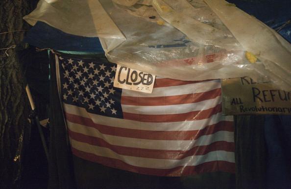 2011-11-15-OccupyPortlandtent.png