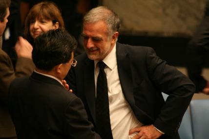 2011-11-15-ProsecutorLuisMorenoOcampo3.JPG