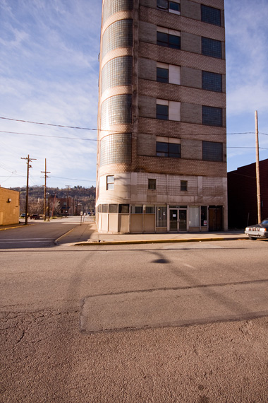 2011-11-22-braddockbuilding570.jpg