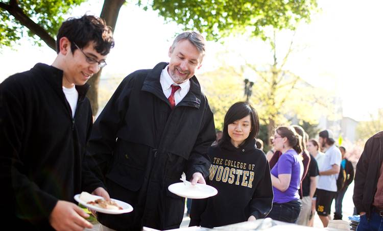 2011-11-24-College_of_Wooster_B.jpg