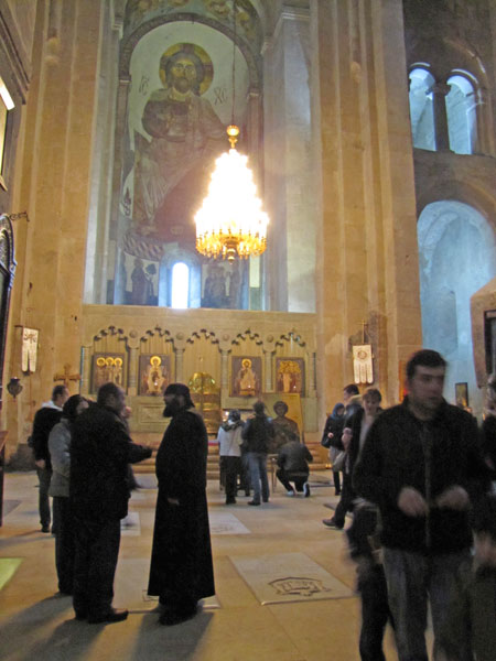 2011-12-09-AbusyGeorgiancathedral.jpg