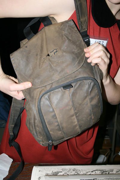 2011-12-10-backpack_lizz2small.jpg