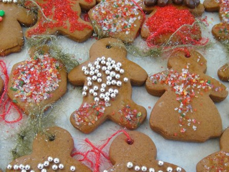 2011-12-13-GingerbreadCookies.jpg