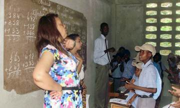 2011-12-21-Diaspora_Doctor_Helps_Haiti_D.jpg