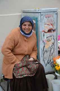 2011-12-22-smallerheadscarfwoman.jpg
