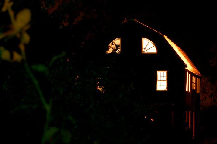 2012-01-04-Amityhouse.jpg