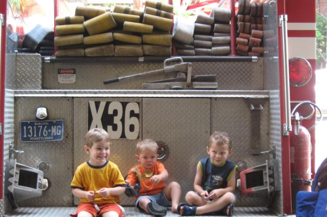2012-01-10-3boysonfiretruck.jpg