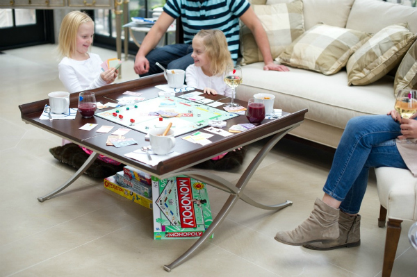 2012-01-25-FamilyGameNight2.jpg