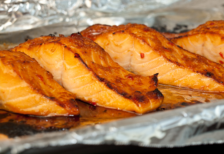 Broiled salmon with thai sweet chili glaze huffpost 2012 02 03 salmonchiliglaze5g ccuart Choice Image