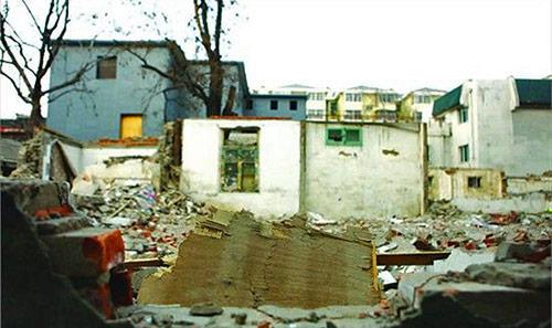2012-02-06-liangsichenghouse1.jpg