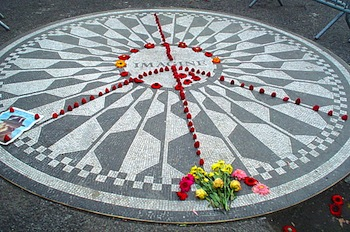 2012-02-07-Strawberry_fields_nyc.jpg