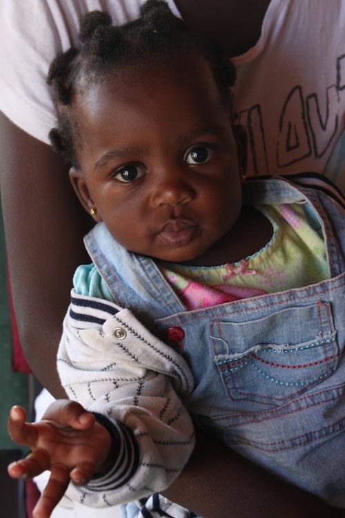 2012-02-16-BabyWhiteRibbonKampalaUgandaMay2012.JPG