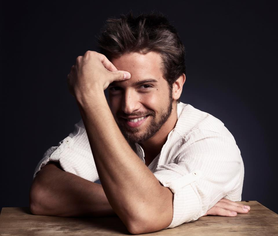 Introducing Latin Singer Songwriter Pablo Alboran