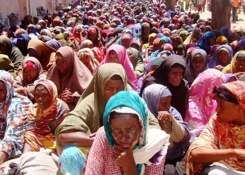 2012-02-22-SomaliwomenMogadishu.JPG