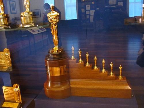 2012-02-23-Oscarstatue.jpg
