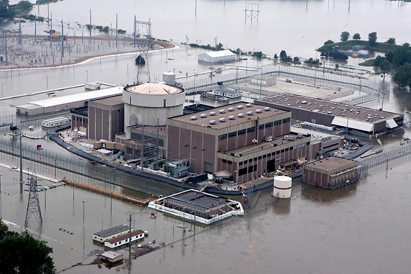 2012-02-27-Fort_Calhoun_Nuclear__Miss_t_w600_h1200.jpg