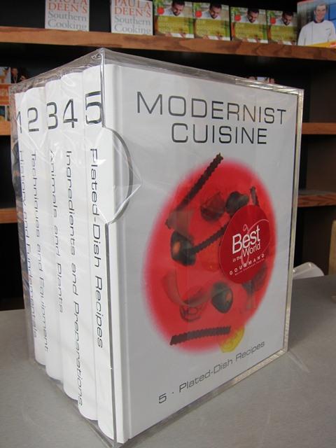 2012-02-27-ModernistCuisinebooksetwhichretailsfor625.JPG