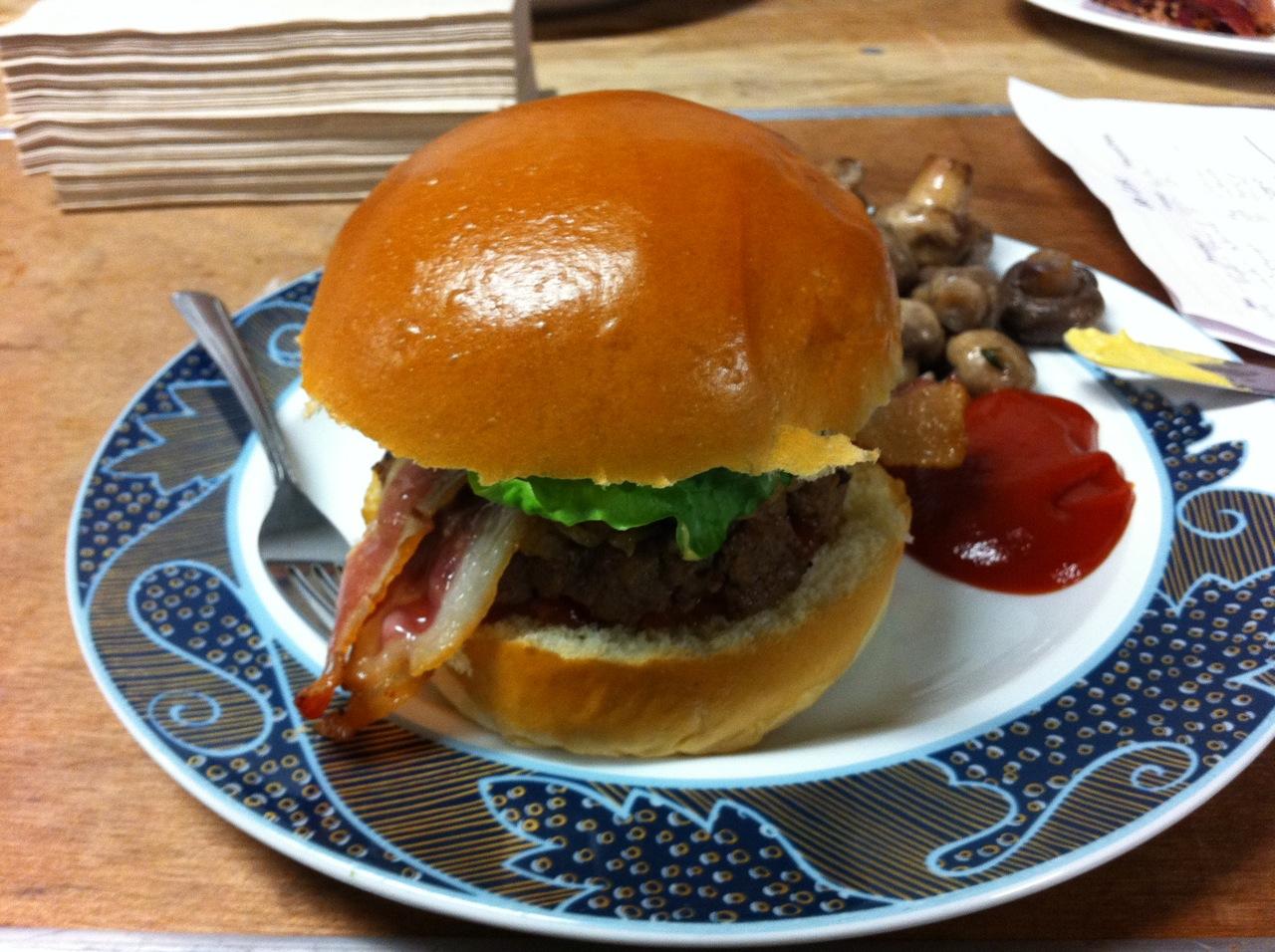 2012-02-28-BurgerFamilyMeal.jpg