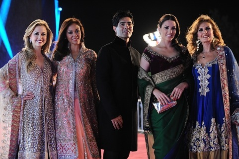 Manish Malhotra The Crowned Prince Of Indian Style Huffpost Life