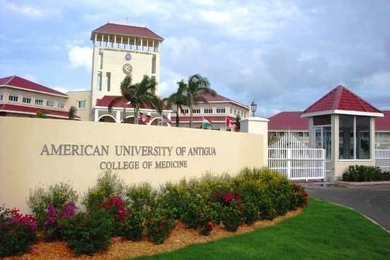 2012-03-04-Antigua_2012_A.jpg