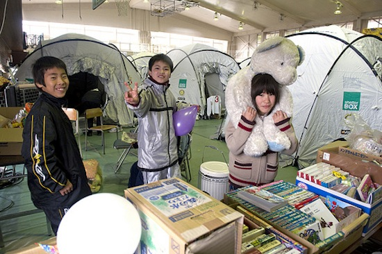2012-03-08-Japantents2.jpg
