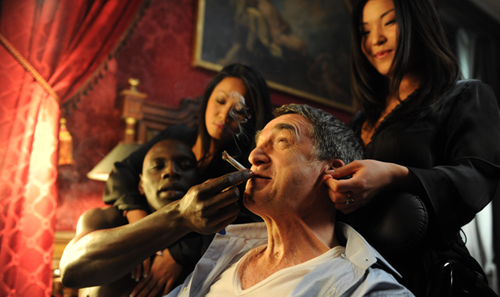 2012-03-12-intouchables_still1.png