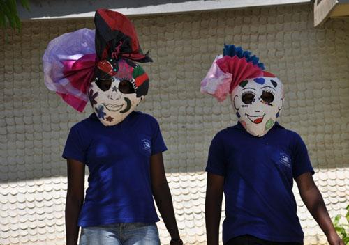 2012-03-20-brooklynstreetartswoonkenyaPatrickNjeruNjagiproject160equalityeffect0212web7.jpg