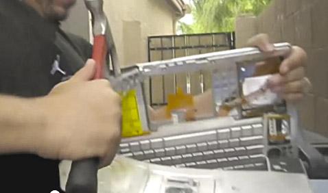 2012-03-23-icetdestroysmacbook.jpg