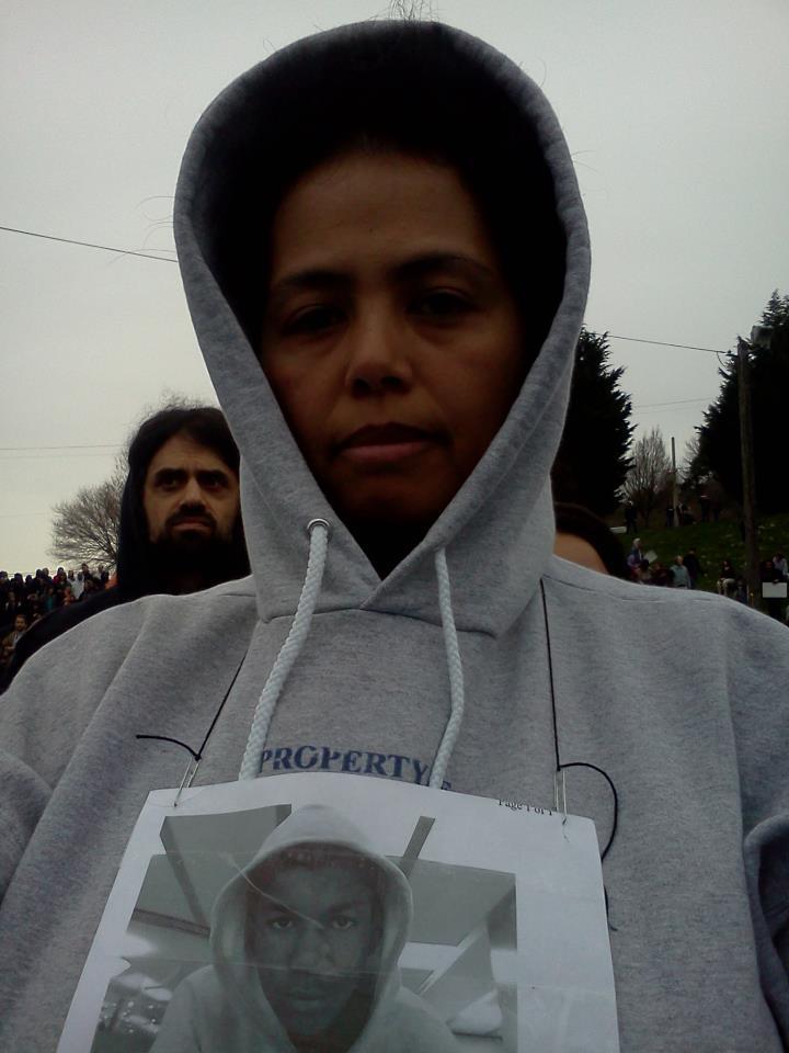 2012-03-28-MewearinghoodieforTrayvon.jpg