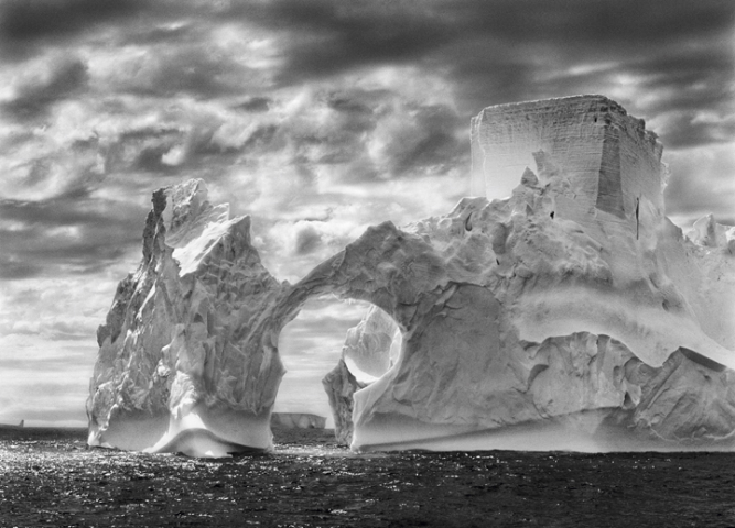 2012-03-28-sebastiao_salgado_fortress_of_solitude_640x480.jpg
