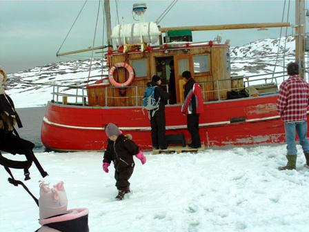 2012-04-03-antarctica_south_america_sabrinas_bd_greenland_3781260921605.jpg
