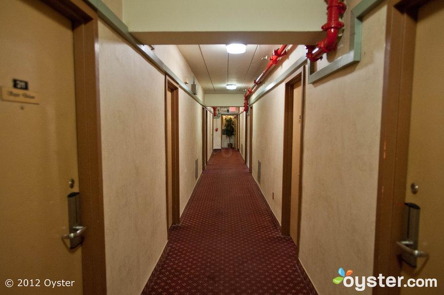 Kew motor inn rooms for Kew motor inn jacuzzi
