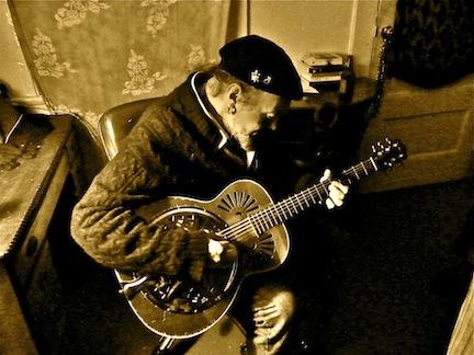 2012-04-04-guitar.JPG