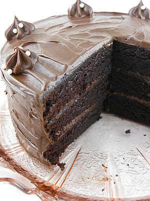 2012-04-08-CHOCOLATEESPRESSOLAYERCAKEIII.jpg