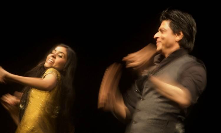 2012-04-13-Shah_Rukh_Khan_Yale_E.jpg