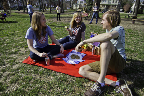 2012-04-19-picnicforplanet.jpg