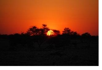 2012-04-20-SunsetinBotswana.JPG