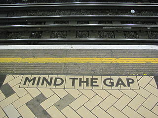 2012-04-28-Mind_the_gap.JPG