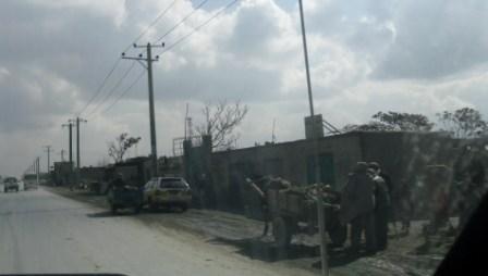 2012-04-29-JalalabadRoaddonkeycarts.JPG