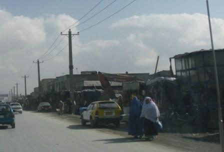2012-04-29-JalalabadRoadwomenwalking.JPG