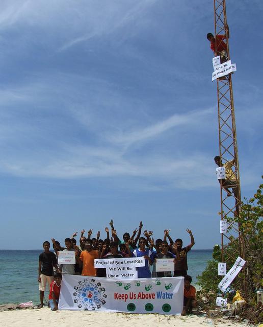 2012-05-08-MaldivesSeaLevelRise.jpg