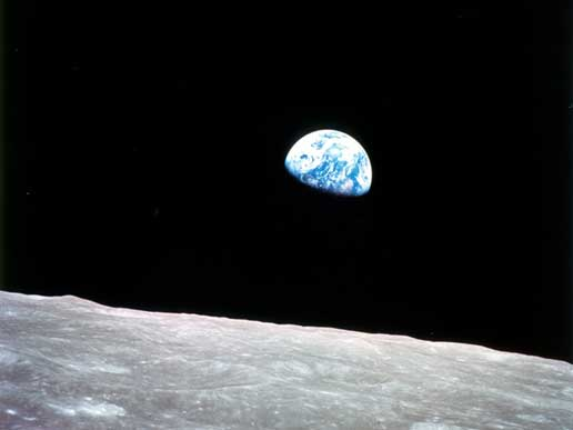 2012-05-08-earthrise.jpg