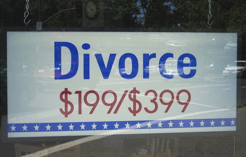 2012-05-14-divorcesign.jpg