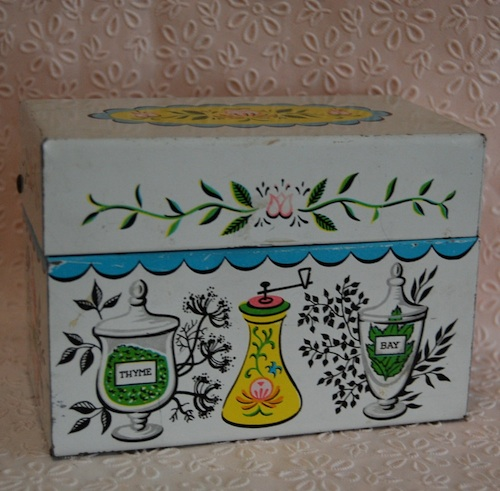 2012-05-16-bhc.old.recipe.box.jpg