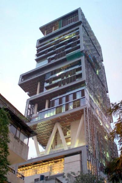 2012-05-23-Ambani_house_mumbai.jpg