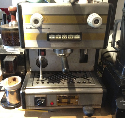 2012-05-23-CoffeeMachine.jpg