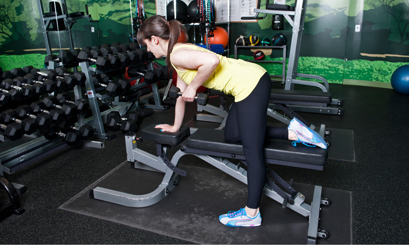 Fix Your Form: How To Do The Perfect Dumbbell Row | HuffPost